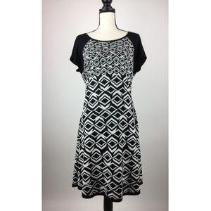 Taylor Womens Dress 1X 18W Black White A46-06Z